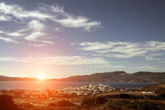 Vue vers la mer, Amadas, île de Milos, Grèce — Photo de stock