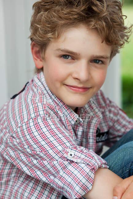Портрет кузнечного мальчика — стоковое фото