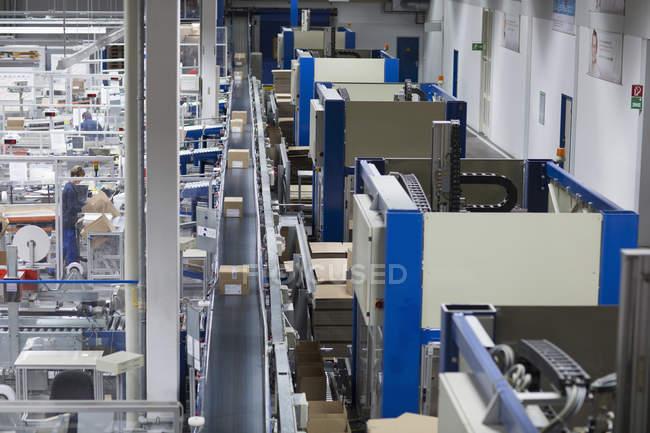 Vista aerea della fabbrica di imballaggi di carta — Foto stock