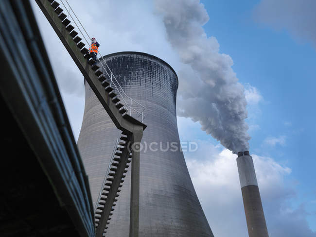 Worker At Coal Fired Power Station — Stock Photo