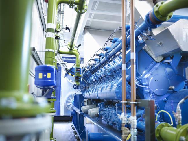 Générateur de gaz dans une centrale électrique au gaz — Photo de stock