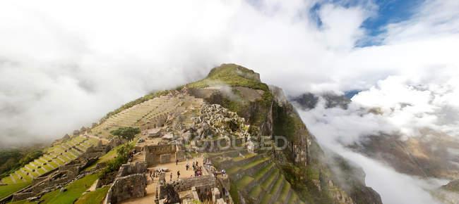 Low clouds at Machu Picchu, Peru — Stock Photo