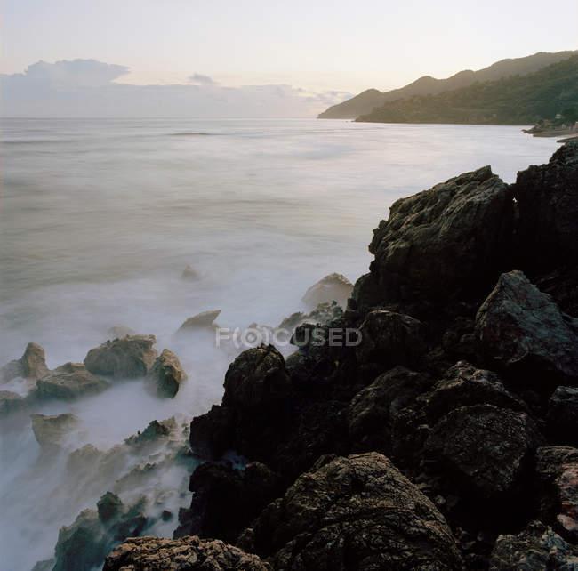 Rocks on the coastline of Petit-Goave — Stock Photo
