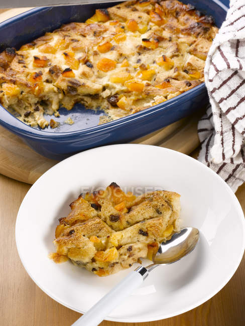 Homemade bread and butter pudding — Stock Photo