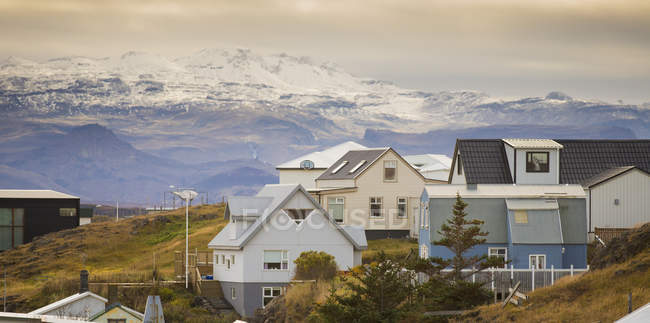 Casas na aldeia de Stykkisholmur, Snaefellsnes, Islândia — Fotografia de Stock