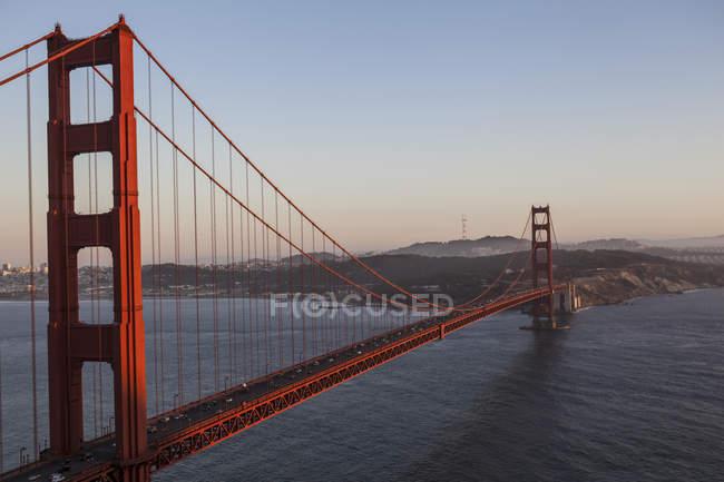 Elevated view of Golden Gate bridge over San Francisco Bay, San Francisco, California, USA — Stock Photo