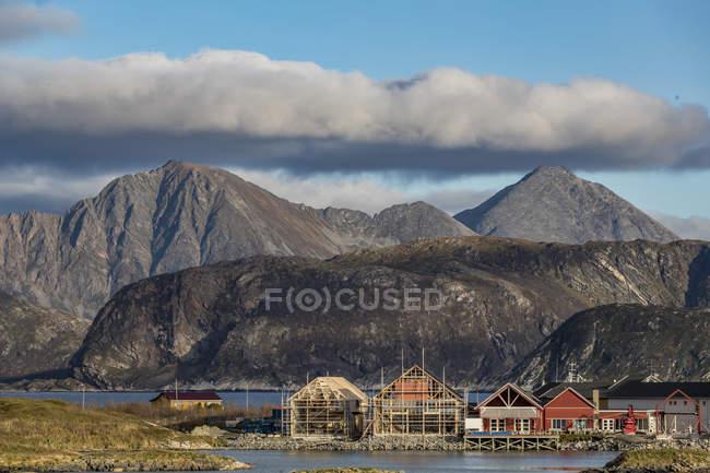 Vue de l'île de Sommaroy en automne, Norvège arctique — Photo de stock