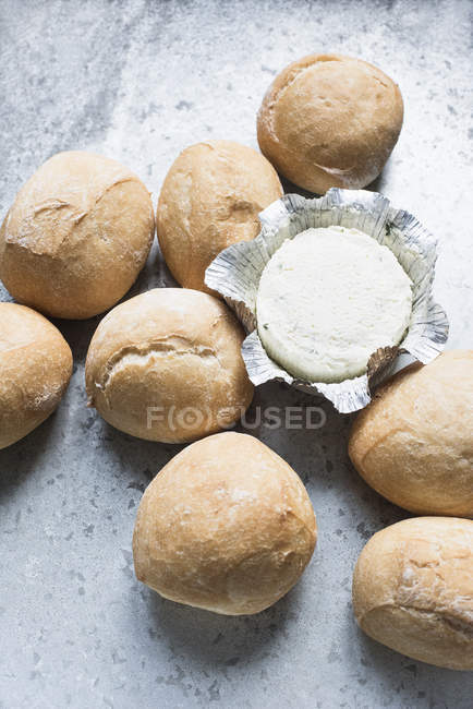 Buns with soft cheese — Stock Photo