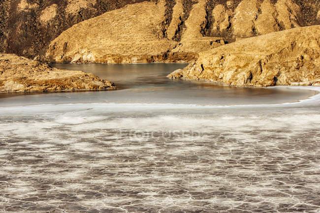 Crater Lake Assal and sun lighted rocks, Djibouti, Africa — Stock Photo