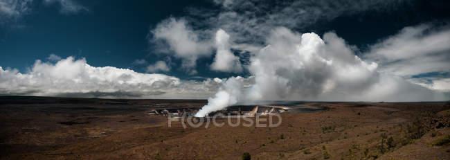 Panorama del cratere Halemaumau — Foto stock
