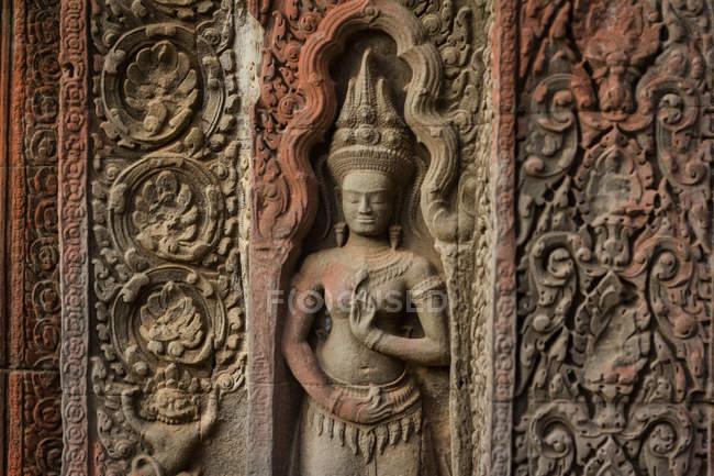 Деталь різьблення, Ta Prohm храм Ангкор-Ват, Сієм Ріп, Камбоджа, Південно-Східної Азії — стокове фото