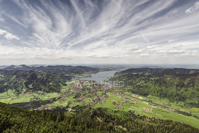 Lac Tegernesee de Mt Wallberg, Bavière, Allemagne — Photo de stock