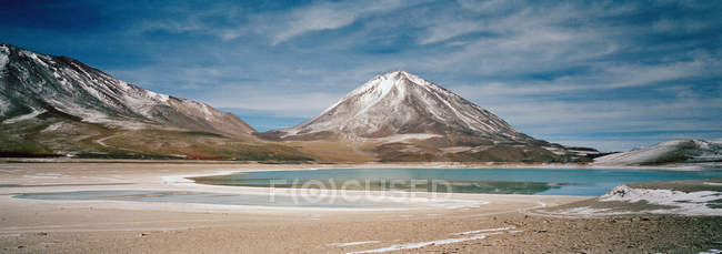 View of laguna verde at south lipez — Stock Photo