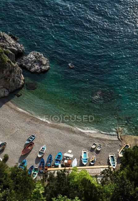 Abgelegener Strand an der Amalfiküste — Stockfoto