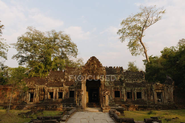 Temple entrance, Preah Khan, Angkor Wat Complex, Siem Reap, Cambodia — Stock Photo