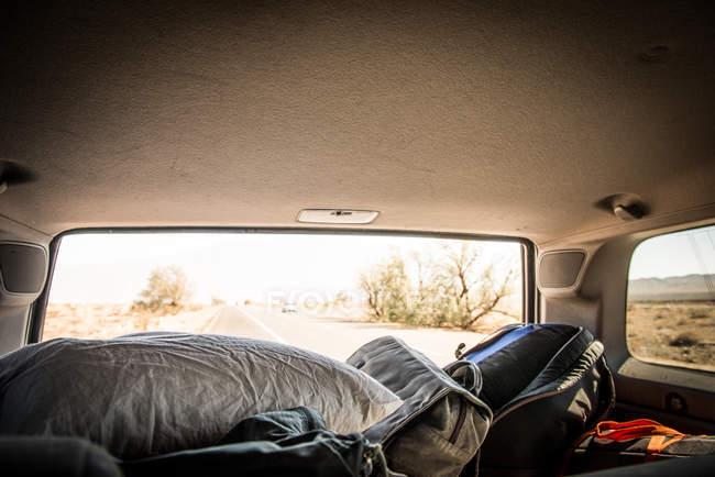 Rear view of twentynine Palms highway, White Water, California, USA — Stock Photo