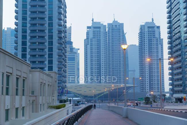 Дубай-Марина в дневное время — стоковое фото