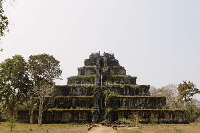 Observing view of Prasat Thom, Koh Ker, Cambodia — Stock Photo