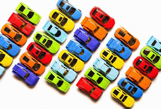 Auto giocattolo colorate — Foto stock