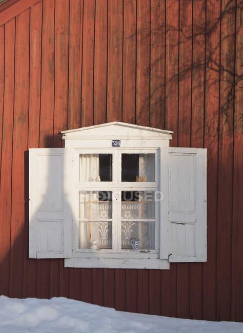 Dettaglio finestra, Gammelstad, Svezia . — Foto stock