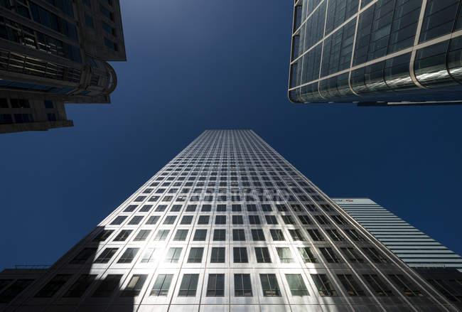 Vista dos arranha-céus de escritório — Fotografia de Stock