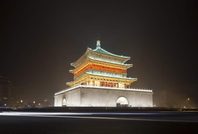 Xian старовинну міську стіну, Південні ворота вночі — стокове фото