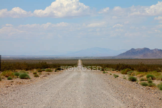 Estrada no deserto do vale da morte — Fotografia de Stock