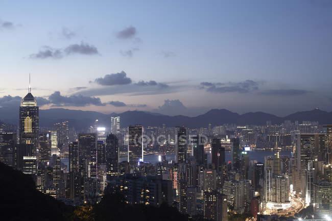 Ville de Hong Kong au crépuscule — Photo de stock