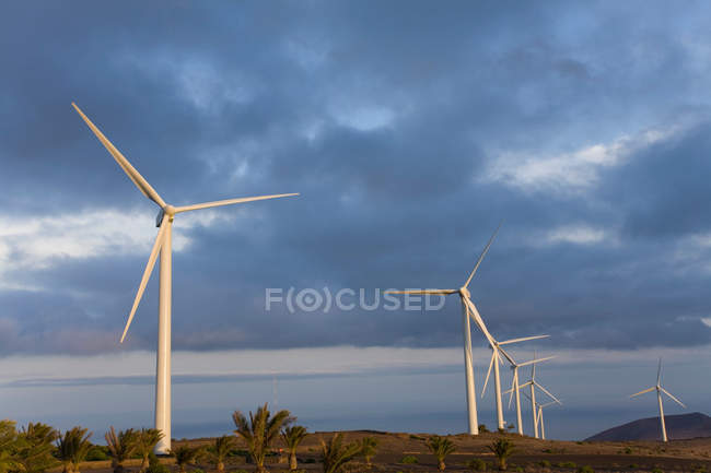 Turbinas eólicas em Haria — Fotografia de Stock