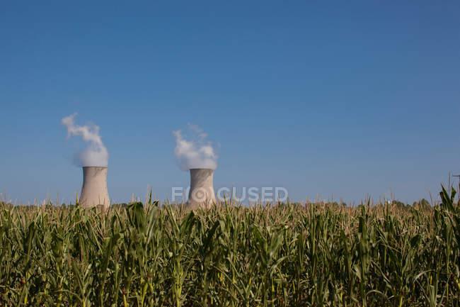 Фермі 2 за межі є кукурудза поля, Енріко Фермі ядерних генерації станції, Монро, штат Мічиган, США — стокове фото