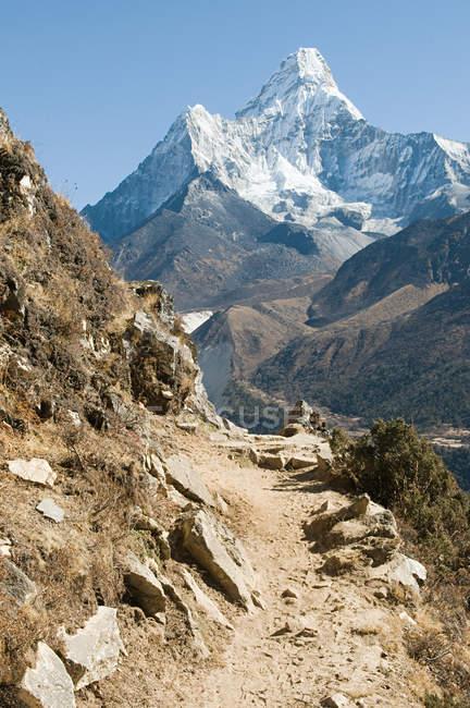 Ama dablam en himalaya — Photo de stock
