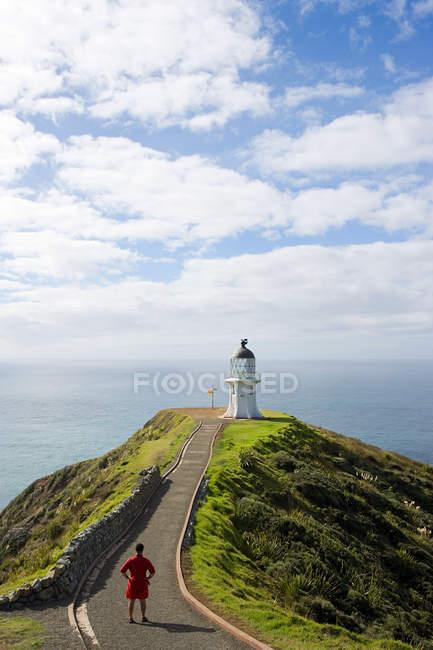Vista posteriore del faro di Cape Reigna, Northland, Nuova Zelanda — Foto stock