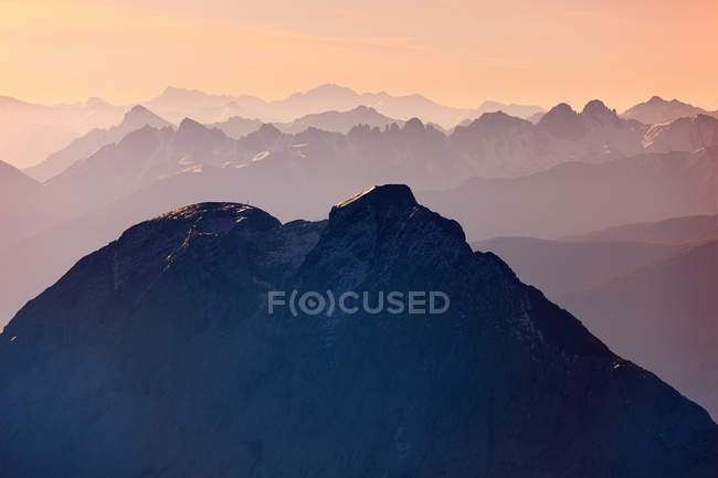 Aussichtsreiche Aussicht auf die Zugspitze, Bayern, Deutschland — Stockfoto