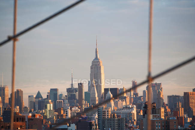 New York City Skyline bei Sonnenuntergang — Stockfoto