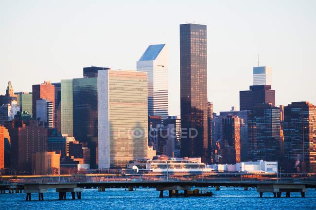 New York skyline et front de mer — Photo de stock