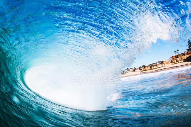 Big surfing ocean wave, Encinitas, California, USA — Stock Photo