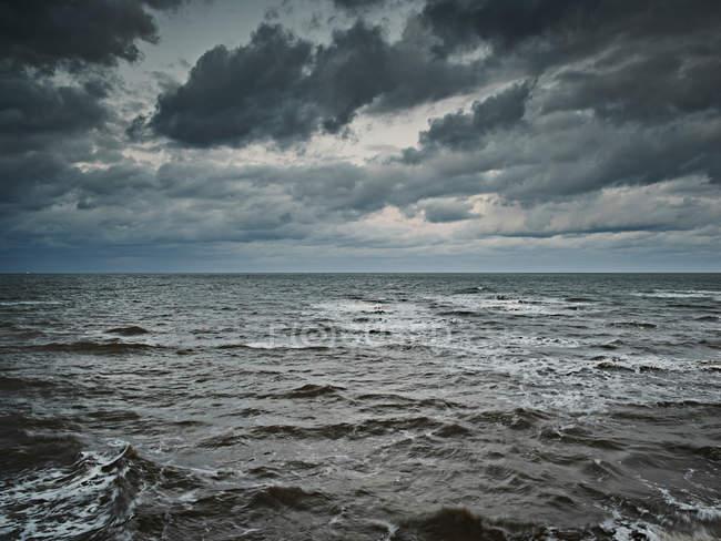 Сірого можливий морський пейзаж — стокове фото