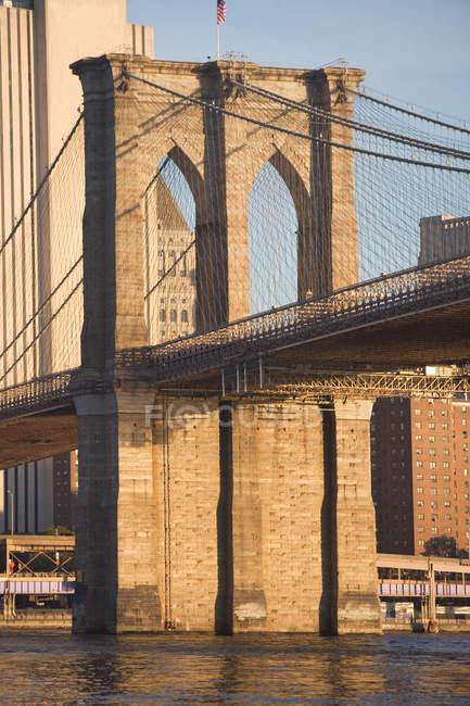 Puente de Brooklyn en Nueva York - foto de stock