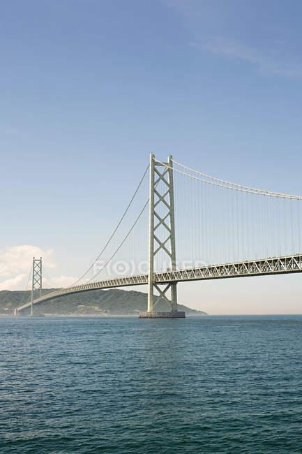 Vista a distanza del ponte Akashi kaikyo di giorno — Foto stock