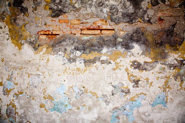 Textura de pared dañada, marco completo - foto de stock