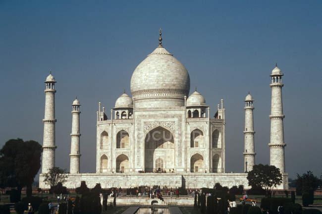 Vista distante de Taj Mahal — Fotografia de Stock
