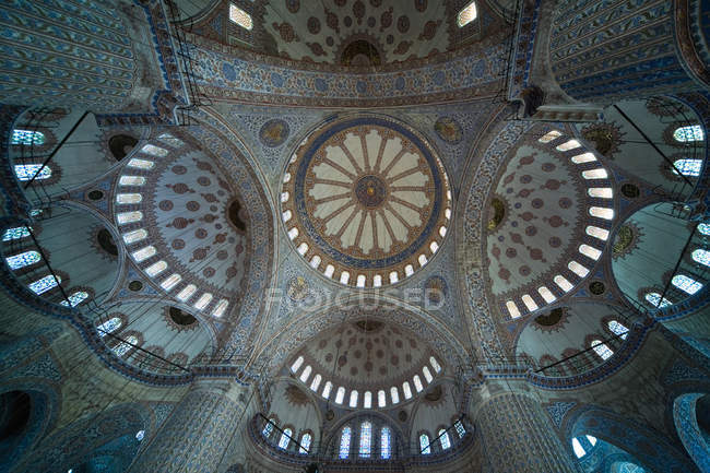 Intrincada teto no sultão Mesquita ahmed — Fotografia de Stock