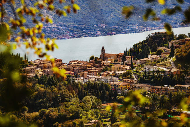 Authentic buildings and lush greenery, Tremosine, Lake Garda, Italy — Stock Photo