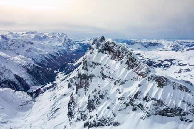 Grand angle enneigée, paysage, Mont Titlis, Suisse — Photo de stock