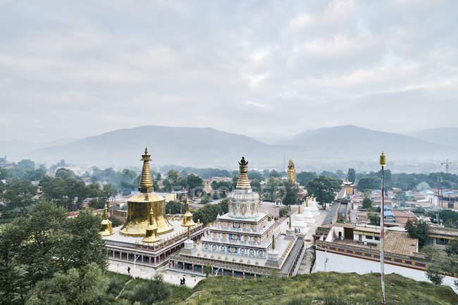 Ву Тун храму, провінція Цинхай, Tongren, Китай — стокове фото