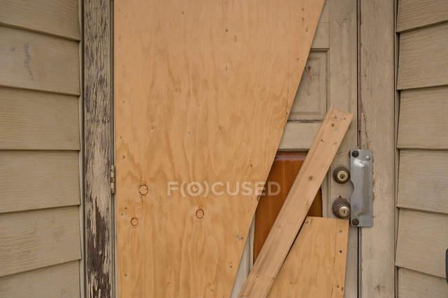 Derelict building, close up of door — Stock Photo