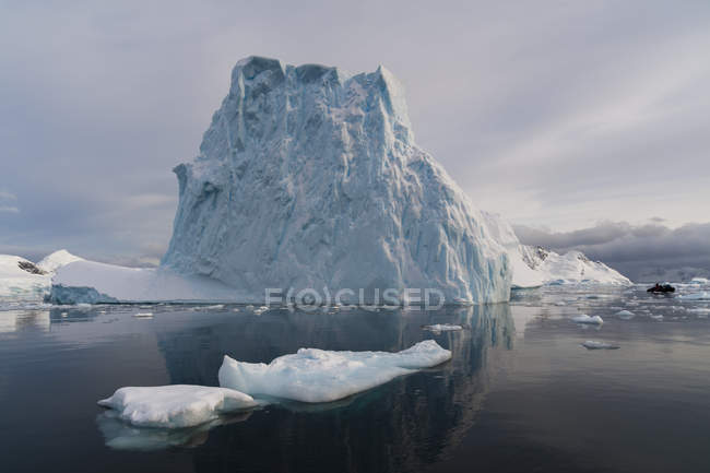 Skontorp cove, Paradise Bay, Антарктида — стокове фото