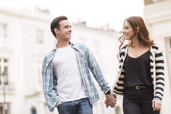 Looking for alpha Zeichen, dass die Liebe verblasst always treat people the