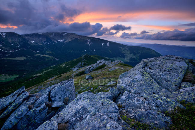Chornogora Ridge Landscape, Carpathian Mountains, Ivano-Frankovsk Region, Ukraine — Stock Photo