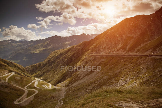 Old road with tight serpentines, Gotthard Pass, Ticino, Switzerland — Stock Photo